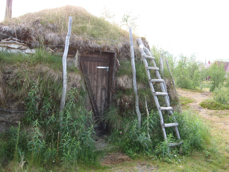 4. Saami hut (1)